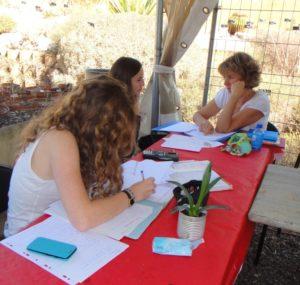 Pendant le CA du lendemain, les grands font leurs devoirs (des math...)